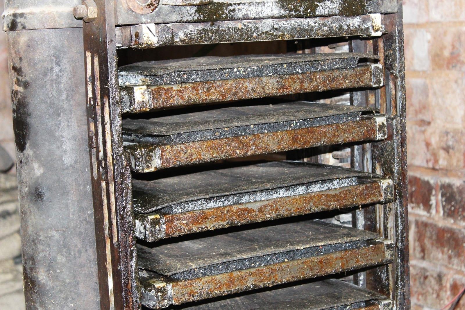 Thohr Hornplatten Hydraulipresse